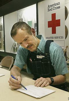 Bruce Ivins, Red Cross volunteer