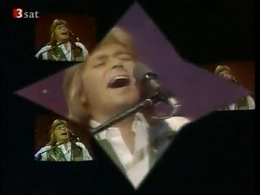 Peter Cetera sings Chicago's